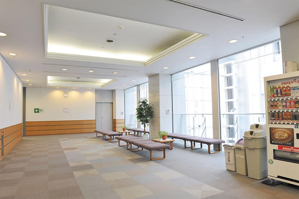 4階研修室前ホワイエ