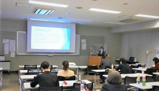 写真:看護教育方法演習の模擬授業